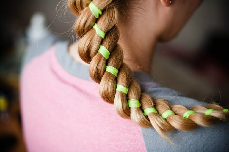 Плетение волос с лентой