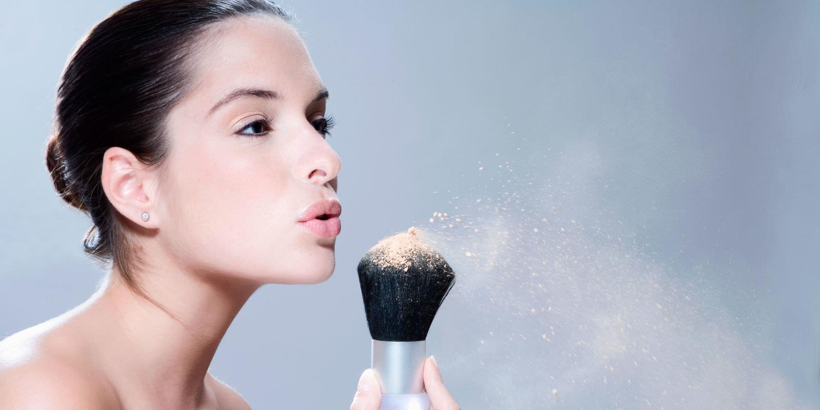 Минеральная пудра: достоинства косметического средства