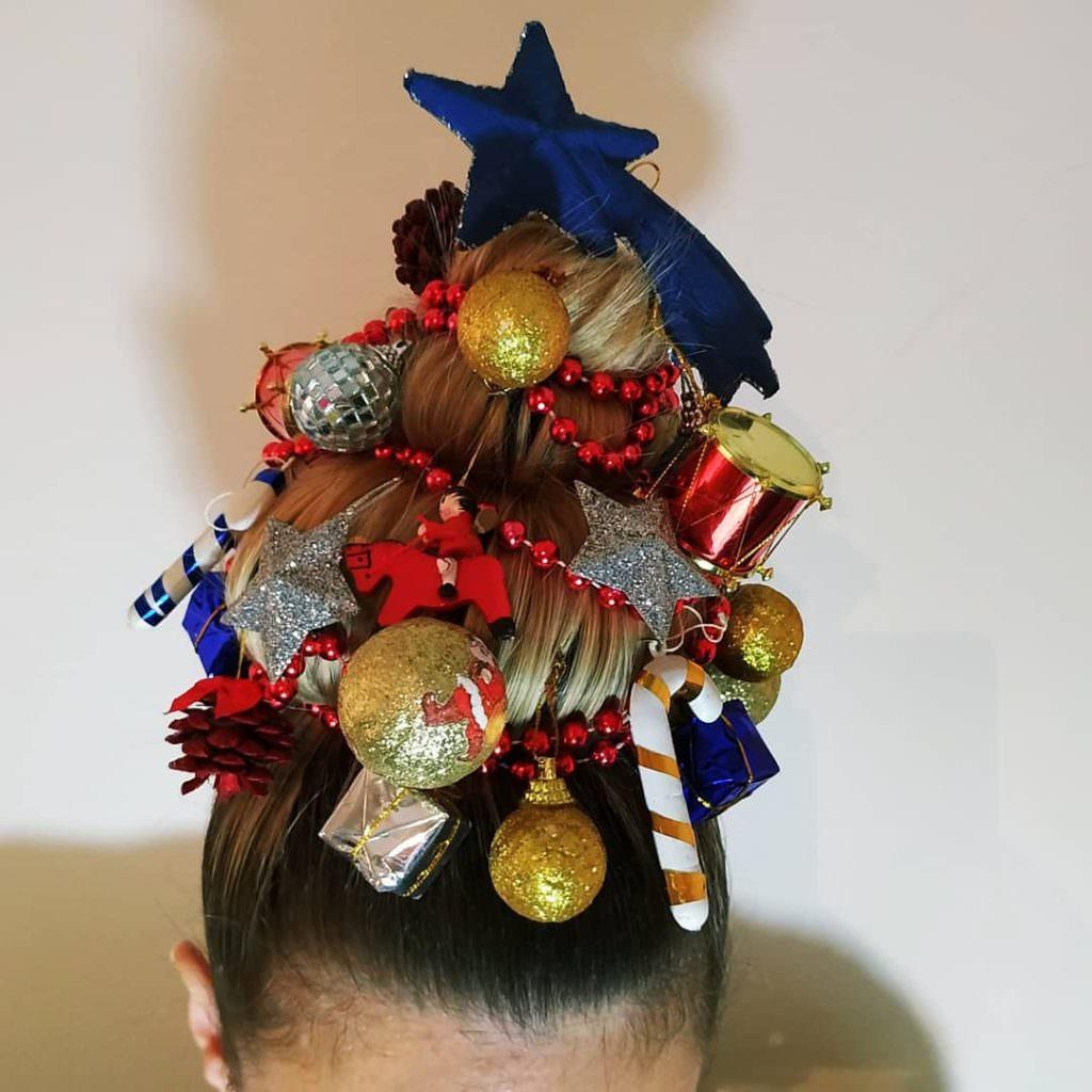 Рождественские причёски: новый Instagram-тренд