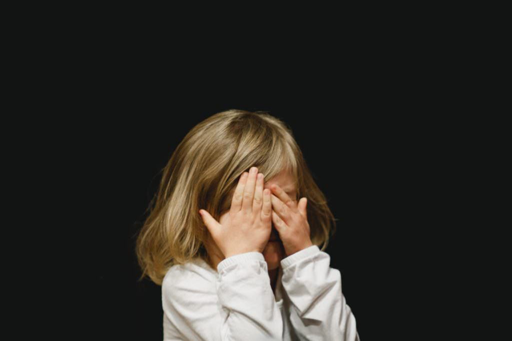 Почему не нужно заставлять ребёнка извиняться