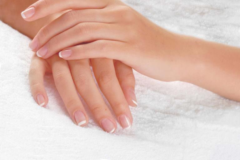 Необычные причины, из-за которых слоятся ногти на руках