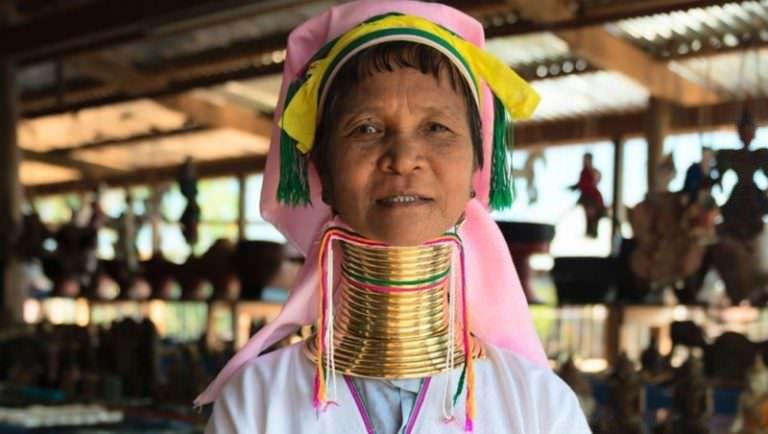 Подборка самых болезненных ритуалов красоты со всего мира