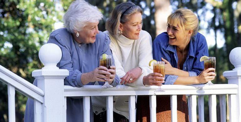 Продолжительность жизни женщин: факторы, влияющие на неё