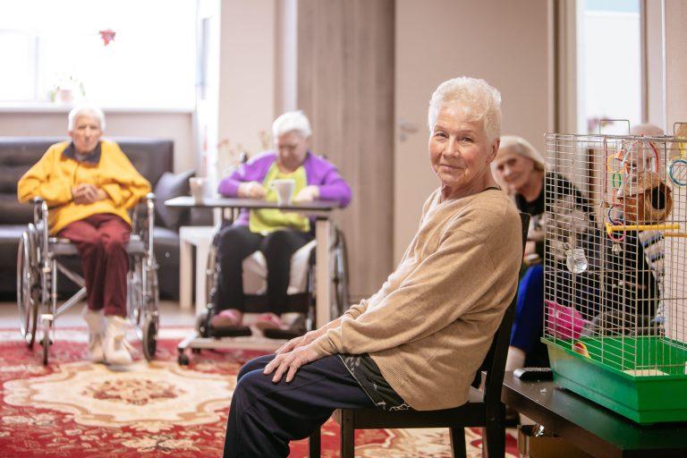 Плюсы пансионата для пожилых