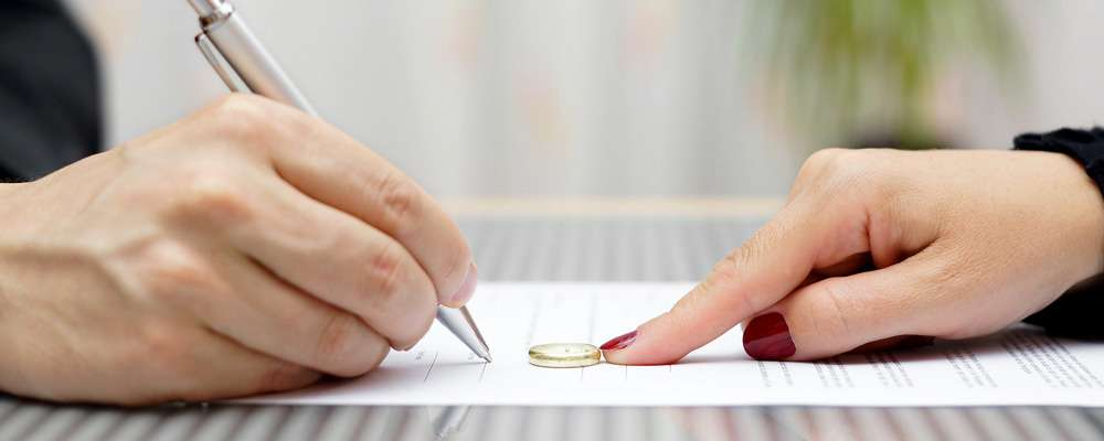 Бракоразводный процесс – квалифицированная помощь юристов