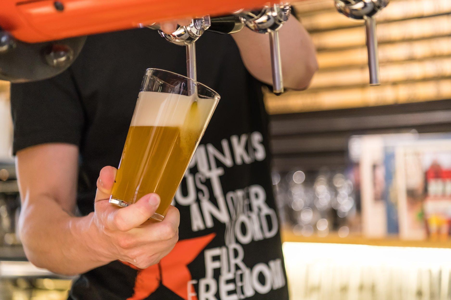 Поставка и продажа разливного пива