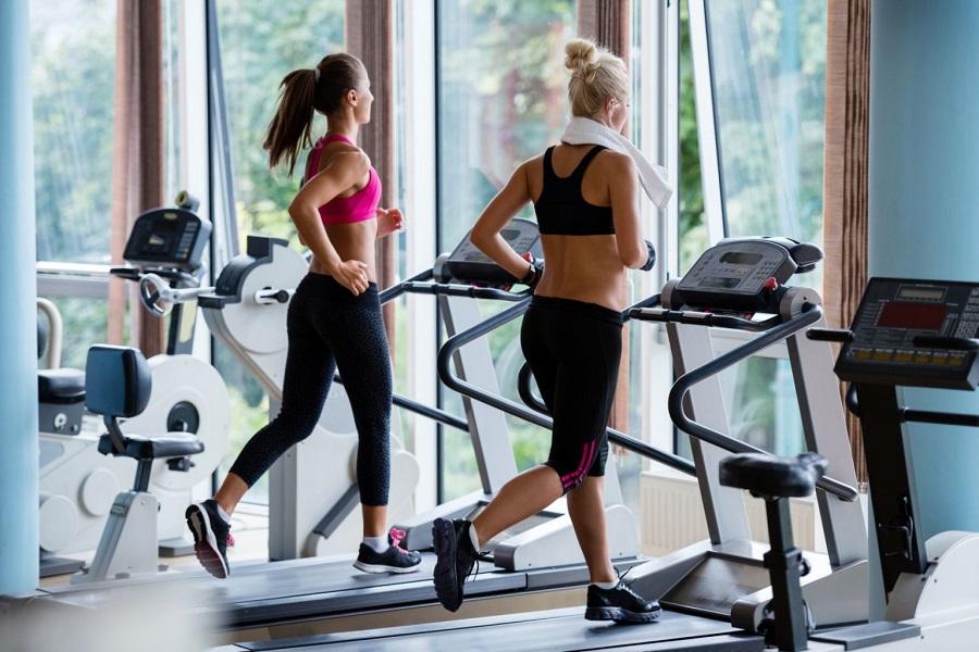 Какое выбрать время для занятий в спортзале