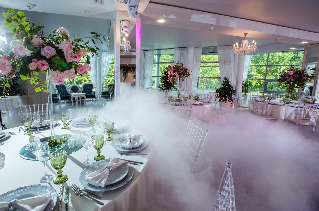Рестораны и коттеджи для свадьбы в Санкт-Петербурге