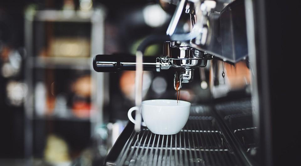 Как выбрать профессиональную кофемашину для кофейни или кафе?
